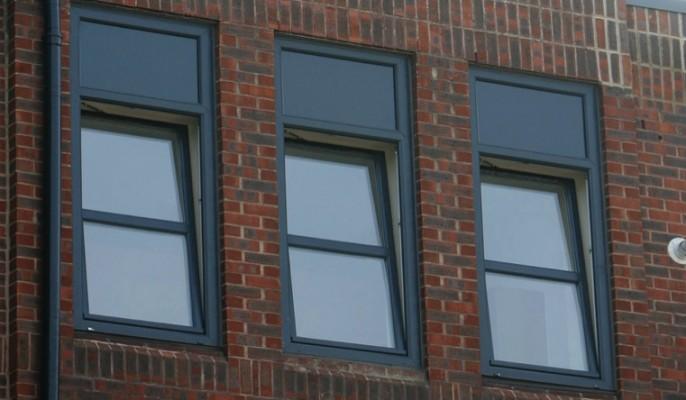 Spectus Tilt & Turn Windows