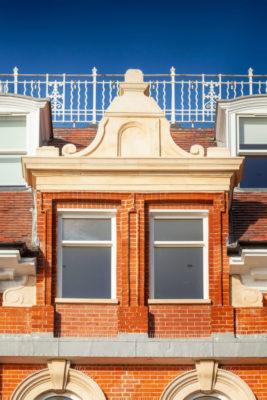 Spectus Cliff House